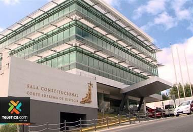 Sala Constitucional permite a estudiante de secundaria ir a clases con cabello largo