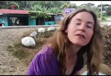 Laura Lucero, 'La gringa' que acompaña a los romeros de Coto Brus