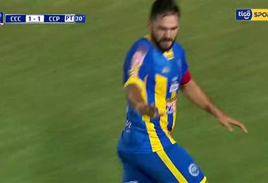 Gol de Mario Ricardo en Paraguay