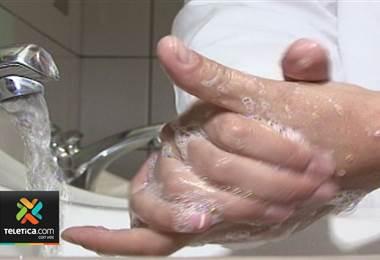 Salud pide extremar medidas de higiene para frenar brote