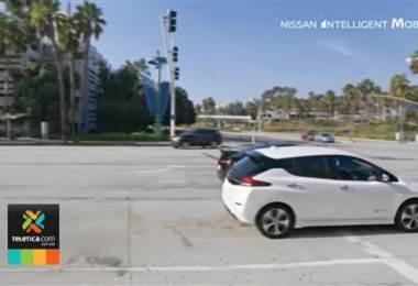Error en reglamento impide a quienes compren un carro eléctrico exonerarlo de impuestos