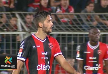 Jugadores de Alajuelense aceptan su responsabilidad tras la derrota ante Pérez Zeledón