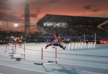 Gerald Drummond accedió a la final de los 400 metros vallas. Cortesía Comité Olímpico Nacional