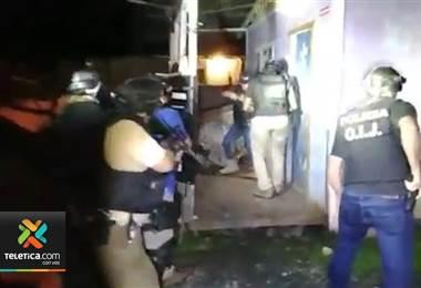 OIJ detiene a dos menores de edad sospechosos de asesinar mujer oriental tras asalto en Limón