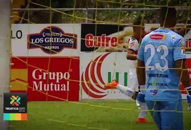 Alajuelense perderá por dos semanas a Roger Rojas
