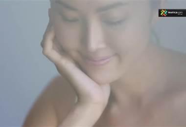 Tónico es indispensable en rutinas de belleza de mujeres asiáticas