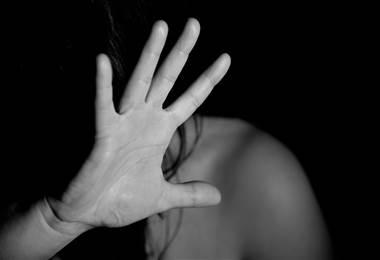 Bolivianas aprenden defensa personal por aumento de violencia doméstica