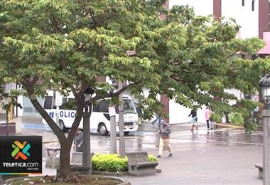 Onda tropical #36 afecta el país este domingo