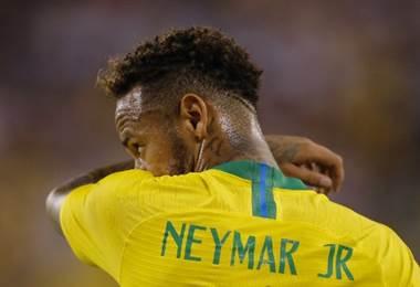 Neymar, capitán de Brasil.|AFP