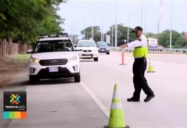 Tránsito detiene un conductor por semana por manejar de forma temeraria entre Cañas y Liberia