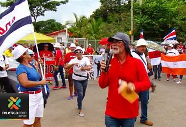 Grupo de manifestantes mantuvieron cerraron el acceso a Recope en La Garita de Alajuela