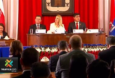 Presidente ofrece su mano a Cartago y asegura que los ricos pagarán más con el plan fiscal