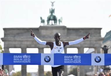 El keniano Eliud Kipchoge es el mejor exponente del maratón del mundo.|AFP