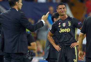 Cristiano Ronaldo fue expulsado en el juego Valencia ante Juventus.|AFP