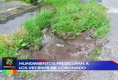 Un peligroso hundimiento en la calle preocupa a  vecinos de Dulce Nombre de Coronado
