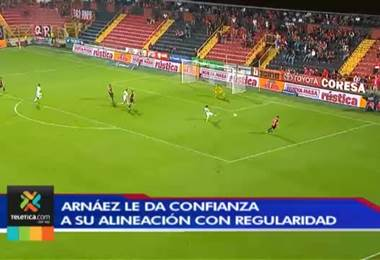 Luis Diego Arnáez no planea cambios en la alineación de Alajuelense para enfrentar a Grecia