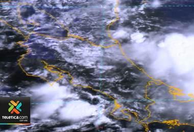 Lluvias de este sábado ocasionaron tormentas eléctricas y caída de granizo en algunos sectores del Valle Central