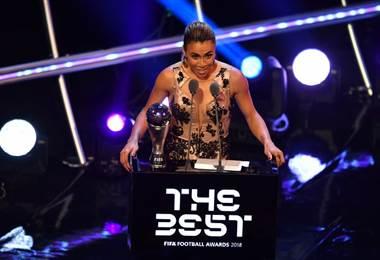 La brasileña Marta ganó el premio The Best 2018  AFP.