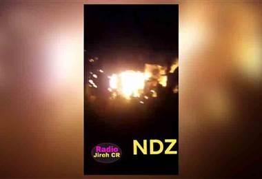 Fuego consume vivienda en Orotina