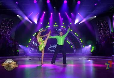 Óscar López cerró la tercera gala de #DancingCR con un mensaje de perseverancia ante la adversidad