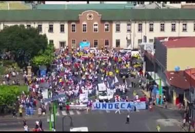 Huelga continúa este miércoles con bloqueos y manifestaciones en Alajuela, Heredia y San José