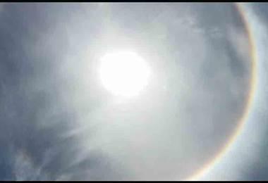 Vecinos de Osa se mostraron sorprendidos por halo de luz alrededor del Sol