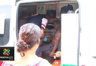 Dos personas resultaron heridas de gravedad tras recibir descarga eléctrica en La Carpio