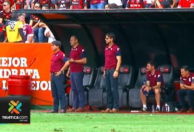 A Vladimir Quesada no le inquietan las seis bajas del Saprissa para el juego ante Limón FC
