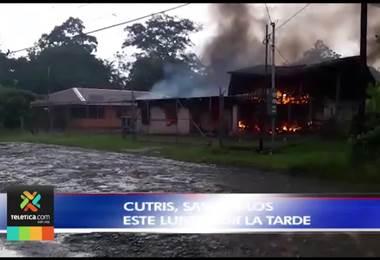 Una vecina de San Carlos asegura que su casa se quemó debido a un rayo