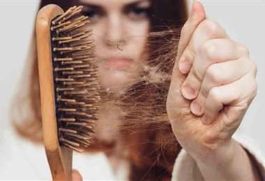 ¿Cuál es la razón por la que se cae el cabello y se debilitan las uñas?