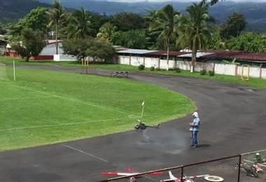 Hogar Infantil de Turrialba realiza show de aeromodelismo y racing por los niños y niñas del cantón