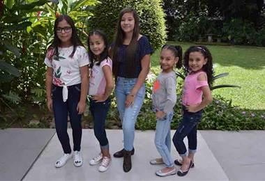 Le presentamos opciones de jeans a la moda para las niñas