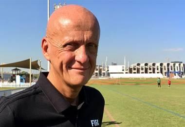 Pierluigi Collina  FIFA.com