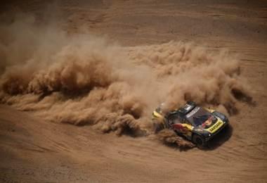 Sebastian Loeb durante el Rally Dakar. AFP