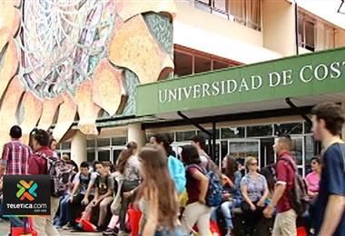 Estudiantes de la UCR.