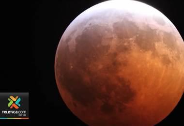 El próximo domingo en la noche con el cielo despejado se podrá apreciar el eclipse total de la Luna