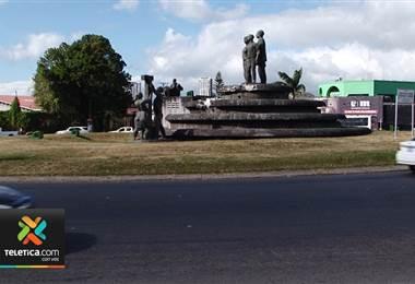 Con el monumento de las Garantías Sociales asegurado el MOPT se alista para removerlo de la rotonda