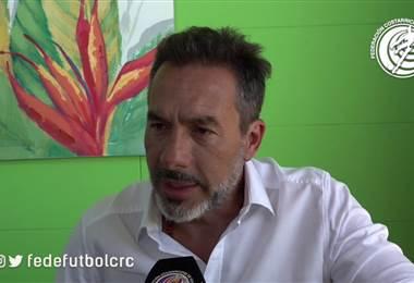 Gustavo Matosas habla de los fogueos ante Jamaica y Guatemala.  Prensa Fedefútbol