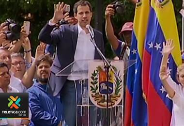 Juan Guaidó se autoproclamó presidente interino de Venezuela