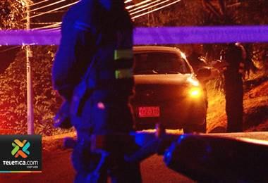 Hombre fue encontrado sin vida dentro de un vehículo en Santa Ana.