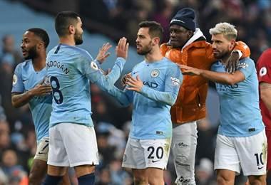 El City celebró ante el Liverpool. AFP