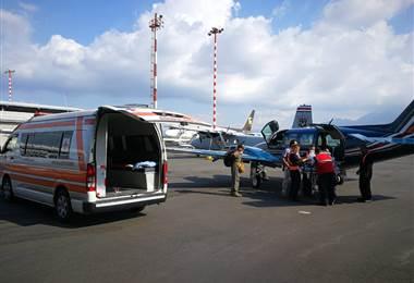 Servicio de Vigilancia Aérea auxilió a dos bebés y a una mujer