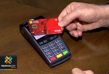 Bancos públicos y privados no cumplen con la directriz de tener la tecnología 'pago sin contacto'