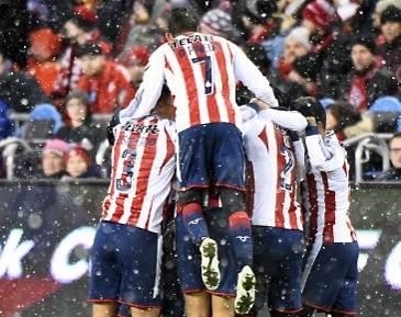 Guadalajara vence 2-1 a Cimarrones en la Copa del fútbol mexicano | Teletica