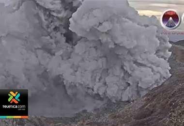 Volcán Póas se mantiene cerrado