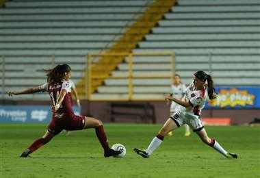 Alajuelense derrotó a Saprissa en el fútbol femenino | Prensa LDA
