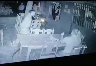 Enfrentamiento dentro de local comercial en Fortuna de San Carlos
