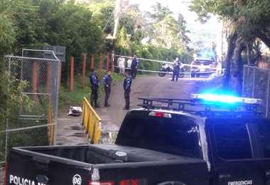 Policía Municipal encuentra cuerpo de hombre en una quebrada en Escazú