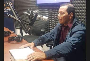 Enrique Molina brindó su testimonio en 7 días Radio