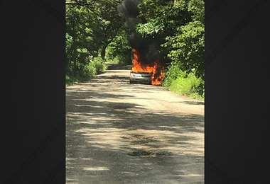 Vehículo vinculado al asalto en Tamarindo